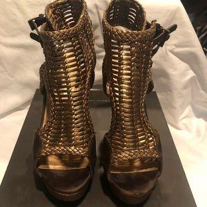 Cynthia Vincent Amber platform sandals
